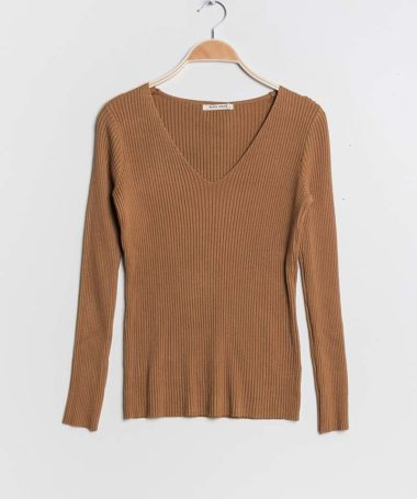Camel Ribbed V-Neck Pullover